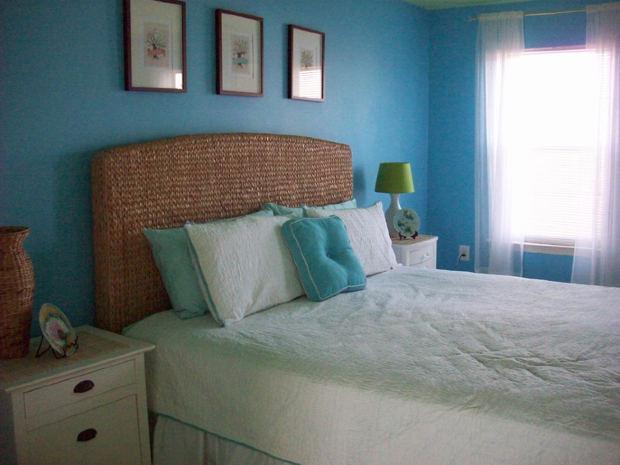 Jak vyladit ložnici v paneláku: Nebojte se malého prostoru