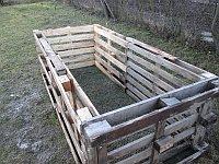Zahradní kompostér z palet