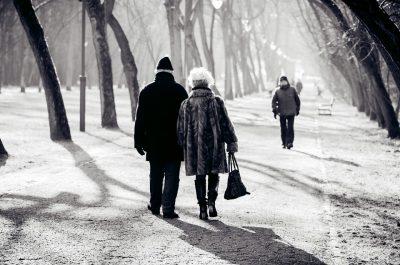 chodník v zimě