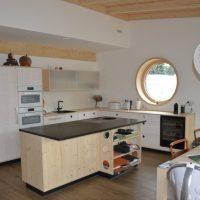 Jak zařídit novou kuchyň, aby se vám vní dobře vařilo?