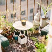 Jak vybavit balkón v paneláku