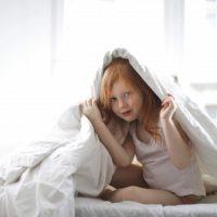 Výběr postele a matrace pro dítě do bytu